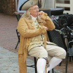 Ben Franklin - Yellow - Sitting